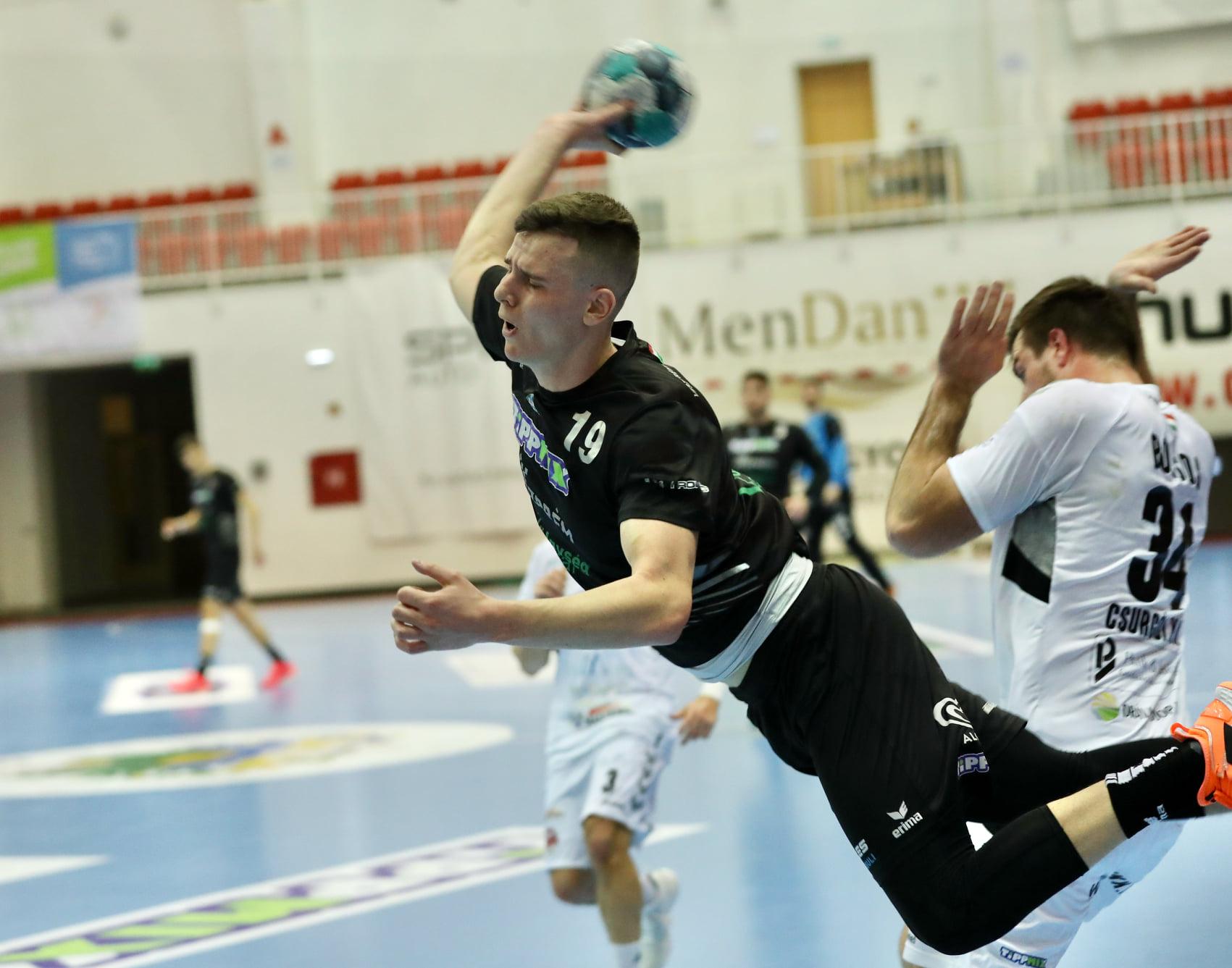 Éles Benedek tizennégy gólt szerzett Csurgón